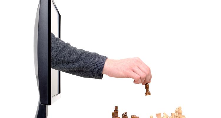 jouer aux échecs contre un ordinateur